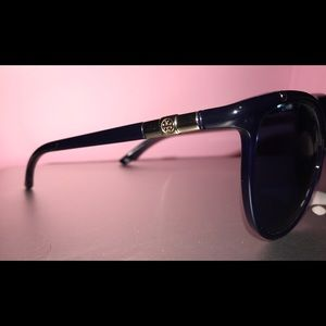 ae924dfd9e3 Tory Burch Accessories - Tory Burch Piscine Sunglasses in Navy Blue