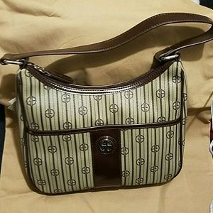 Giani Bernini Handbags - NWT Giani Bernini  purse
