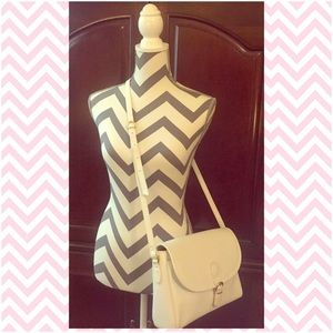 Liz Claiborne Handbags - LIZ CLAIBORNE Vintage White Shoulder Bag