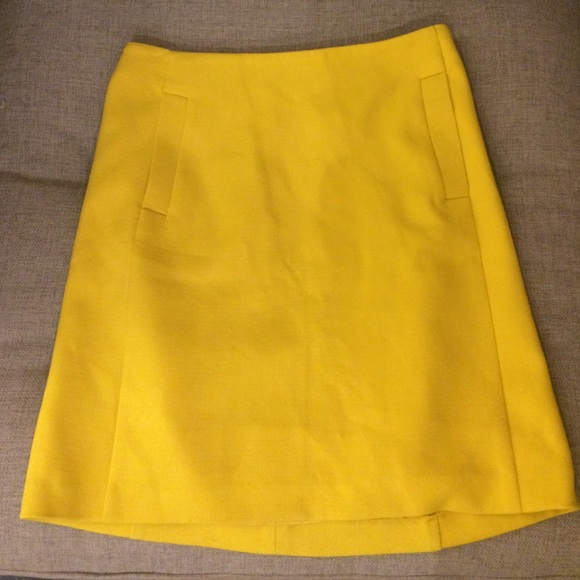 f8ec1c4472 Banana Republic Skirts | Yellow Skirt Size 00p | Poshmark