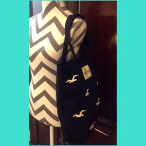 Hollister Handbags - HOLLISTER Navy/White Bird Tote