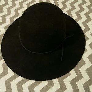 Phenix Accessories - Saks fifth hat