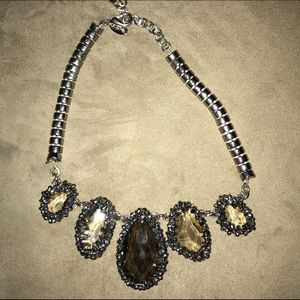 Statement necklace with drop stones