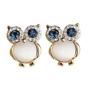 Jewelry - Gold Plated White Cat's Stone Owl Earring