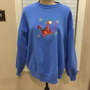 Disney Tops - 🐯Tigger-100 acres collection sweatshirt! 🎈❤️️