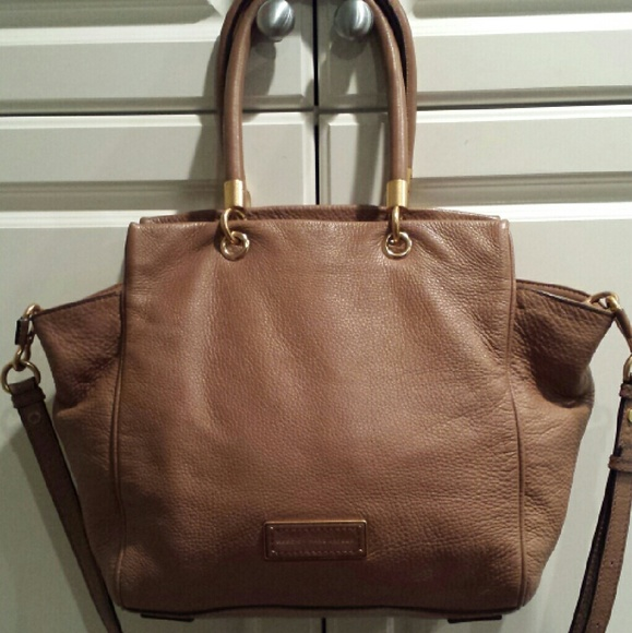 49e7a7ea7a Marc by Marc Jacobs Too Hot To Handle Bentley Tote.  M_588d89c9eaf0308937057dd1