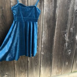 Free People Dresses & Skirts - NWT Free people turquoise velvet dress. Size Small