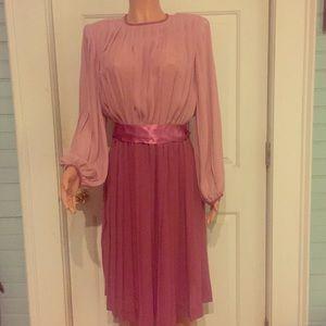 Vintage Dresses & Skirts - Gorgeous Vintage Pleated Purple/Pink Dress w Satin