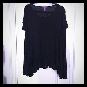 LF Stores Tops - LF flowy black top