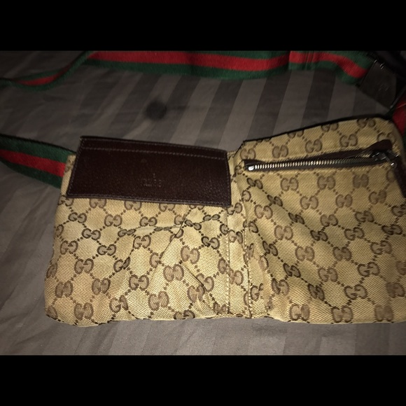 c6ef2abbe ... gucci handbags gucci pack serial number in the purse ...