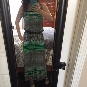 ❤HOST PICK! Green/black belted maxi dress