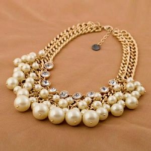 Deluxe Diamond Pearled Necklace