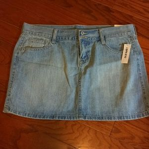 Old Navy NWT Jean denim mini skirt  size 6