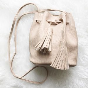 clmayfae Handbags - *LAST3* Nude Pebble Leather Bucket Bag w Tassels