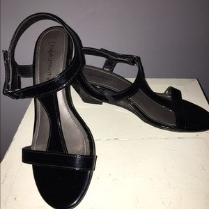 Black Patent Leather Wedge Sandal Sz 8
