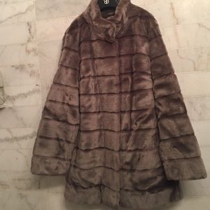 Basler Jackets & Blazers - Taupe Faux fur coat
