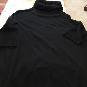 Sweet Romeo Sweaters - Black lightweight turtleneck