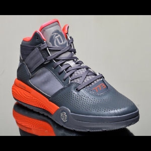 online store ddafa 77f1c Adidas D Rose 773 IV 4 mens BB sneakers NEW