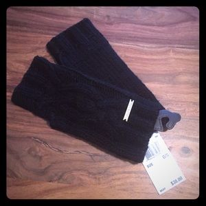 KORS Michael Kors Accessories - NWT Black Michael Kors gloves