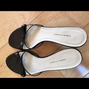 BR kitty heels