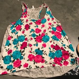 Tops - Flower and lace tank top