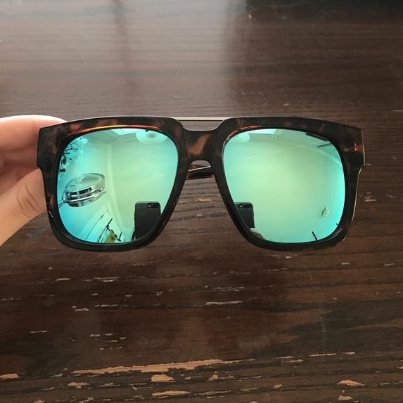 048d23100e QUAY x CHRISSPY Mila tortoise blue sunglasses. M 588e3d1cd14d7b0b0a076698