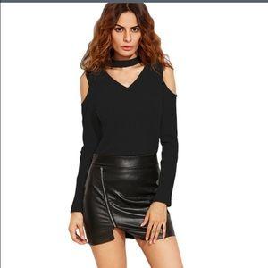boutique Tops - NWT black choker cold shoulder top