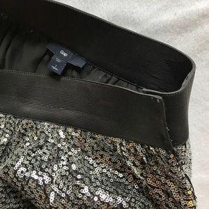 GAP Skirts - Gap silver sequin mini skirt.