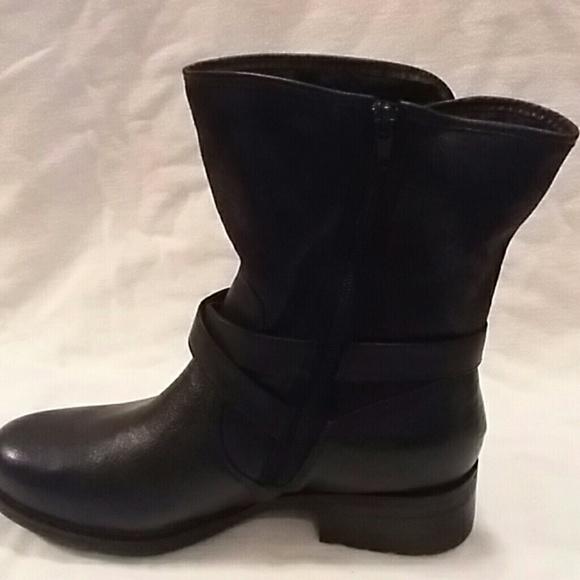 New Baretraps Black Harvie Ankle Boots