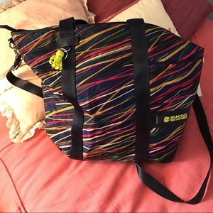 Large Multi colored Kipling crossbody bag!