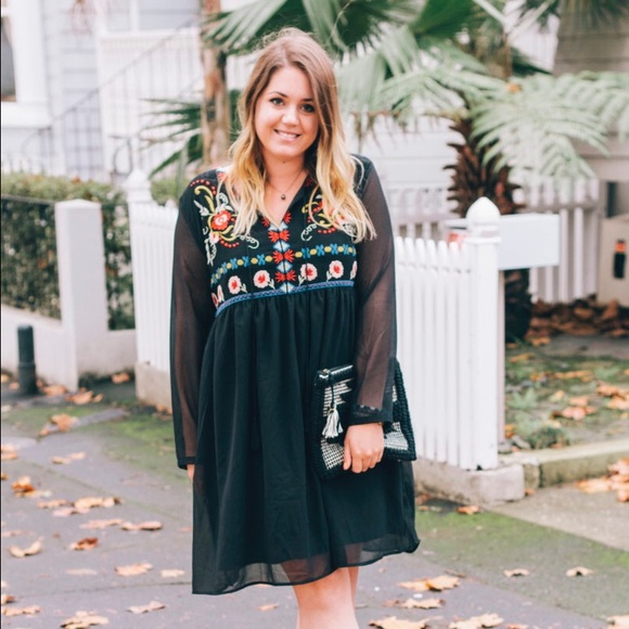 Boohoo Dresses - LIKE NEW Black Embroidered Long Sleeve Dress