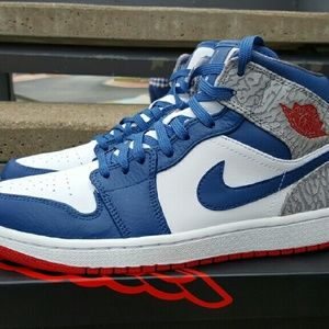 air jordan  Shoes - Air jordan retro 1s true blue cement rare 7y