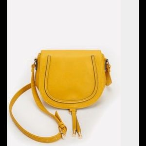 JustFab Handbags - Just Fab Hugh Crossbody in yellow