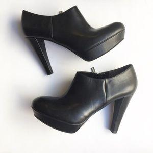 Marc Fisher Shoes - 🆕Marc Fisher Black Platform Ankle Boots