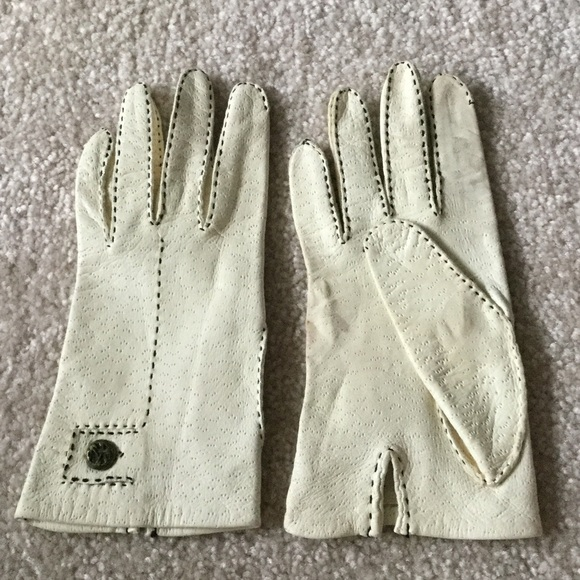 0e30df8a5 Accessories | Vintage Cream Leather Gloves With Blk Stitching 8 ...