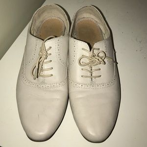 Shoes - Cream Oxford shoes