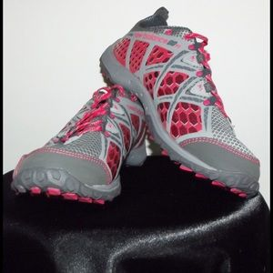 New Balance Shoes - New Balance Women's Outdoor Sneakers. 8.5 D WIDE