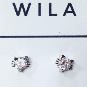 WILA Jewelry - Silver Crystal Cat Earrings