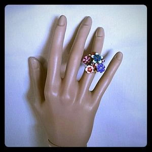 Jewelry - Beautiful  floral  rhinestones fashion Ring