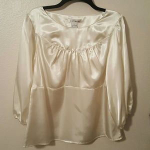 WD NY Tops - WD NY Satin Look Top Size XL NWT