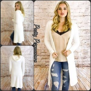 Pretty Persuasions Sweaters - SALE 🎉NWT White Hooded Fuzzy Cozy Long Cardigan