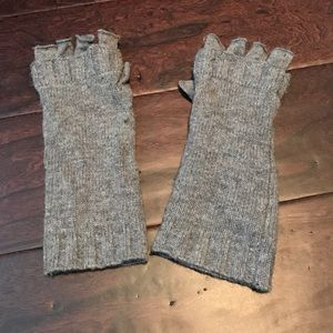 J. Crew Accessories - Fingerless J.Crew Gloves