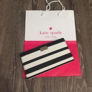 NWT Kate spade Stacy black & white striped wallet
