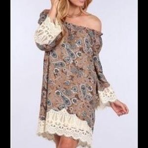 BLU PEPPER | LACE TRIM PAISLEY PRINT TUNIC DRESS