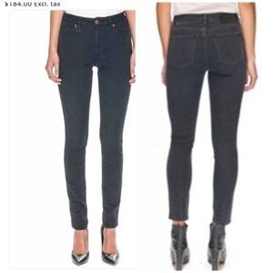 NWT Neuw Jeans. Size 8R. 26/32. Black