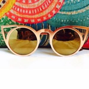 Accessories - NWT || Gold Invader Cat Eye Mirrored Sunglasses