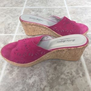 Sotto Sopra  Shoes - Sotto Sopra pink laser cut wedges