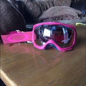 Women's Oakley Snow/Ski Goggles