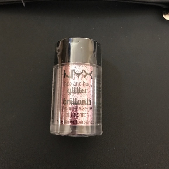 NYX Other - NYX face and body glitter