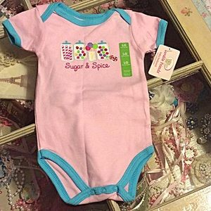 Luvable Friends  Other - Sugar & Spice onesie NWT 👶👶